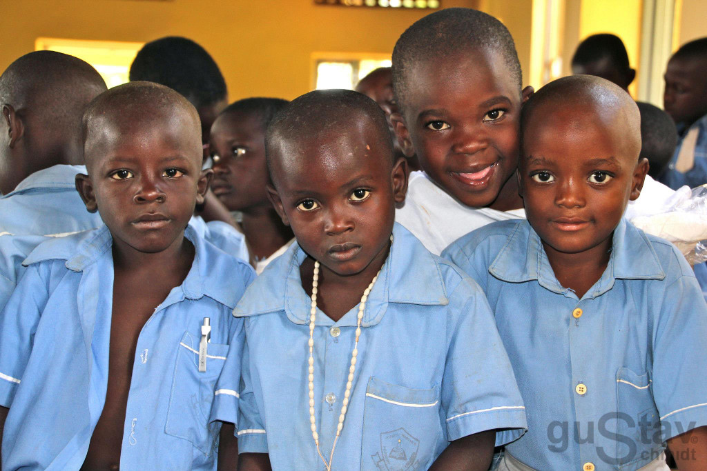 Kinder-Uganda-logo